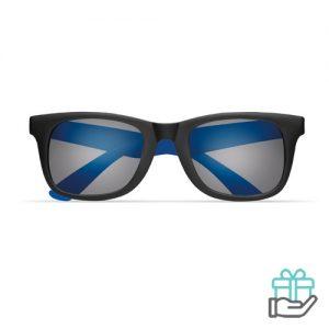 Klassieke zonnebril gekleurde pootjes koninklijk blauw bedrukken