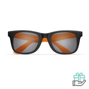 Klassieke zonnebril gekleurde pootjes oranje bedrukken